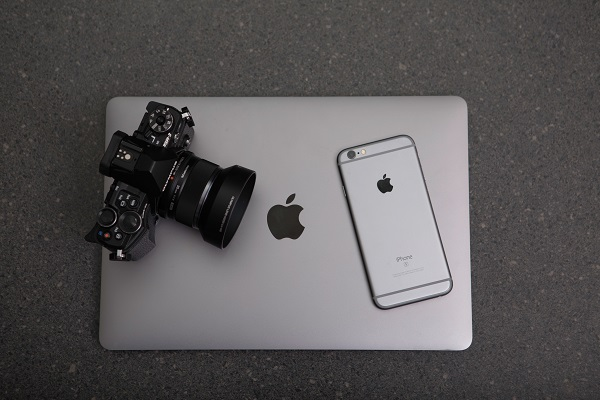 camera,laptop,phone